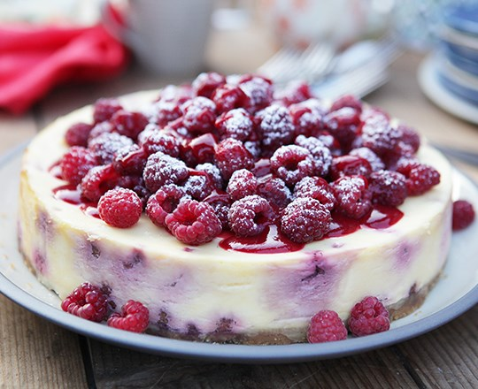 Baked Raspberry White Chocolate Cheesecake Philadelphia